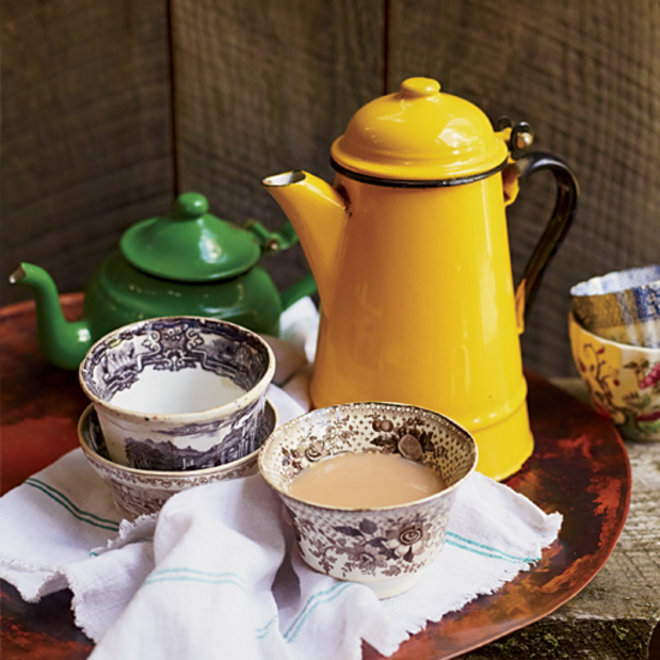 Food & Wine: 12 Boozy Tea Drinks to Toast the Return of Downton Abbey