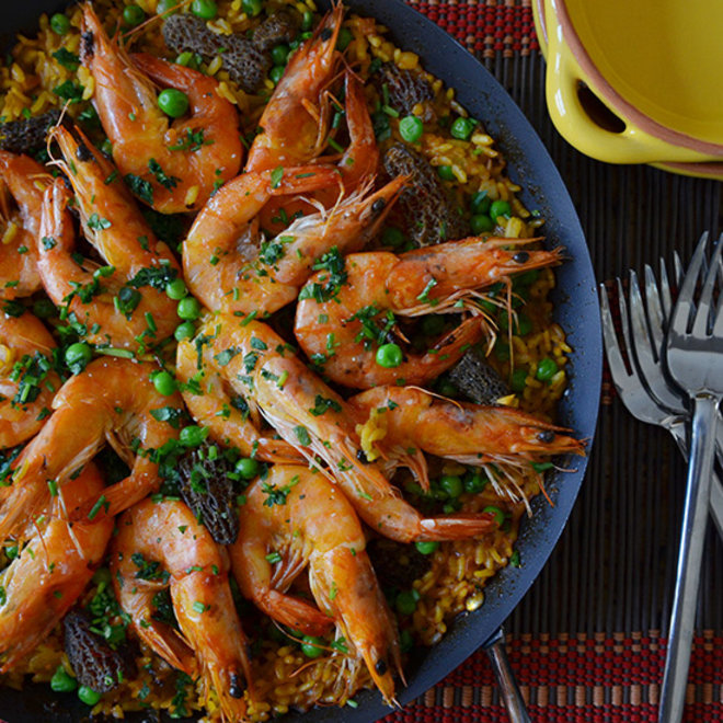 Food & Wine: Andrew Zimmern's Simple Spring Paella