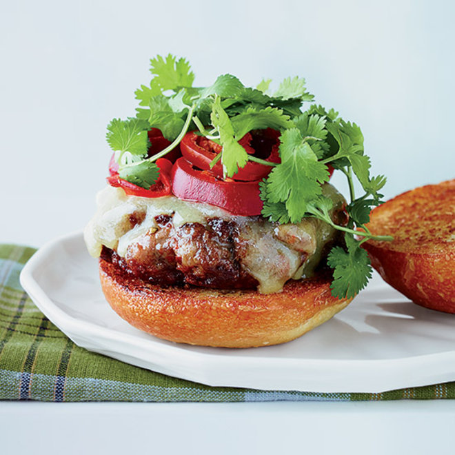 Food & Wine: Spicy 50/50 Burgers