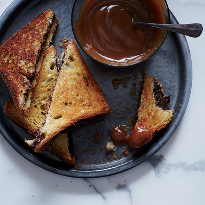 Food & Wine: Grilled Chocolate Sandwiches with Caramel Sauce