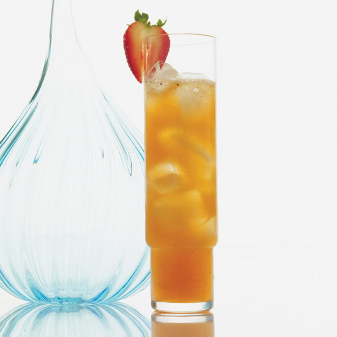 Food & Wine: Strawberry & Ginger Cooler