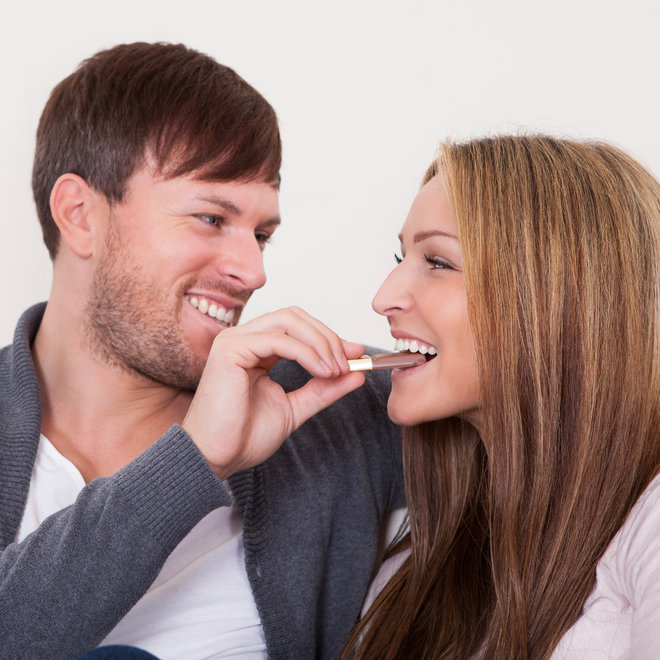 FWX EATING CANDY CAN SAVE YOUR RELATIONSHIP