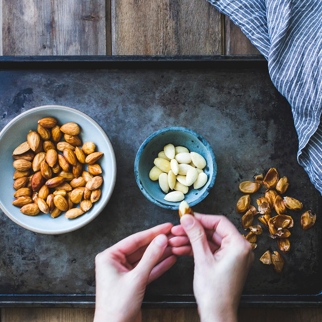FWX PUFFED NUTS