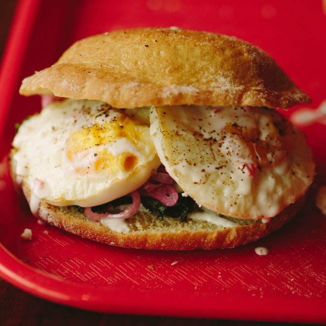HANGOVER CURES PLAYSKA VEGGIE BREAKFAST SANDWICH FWX