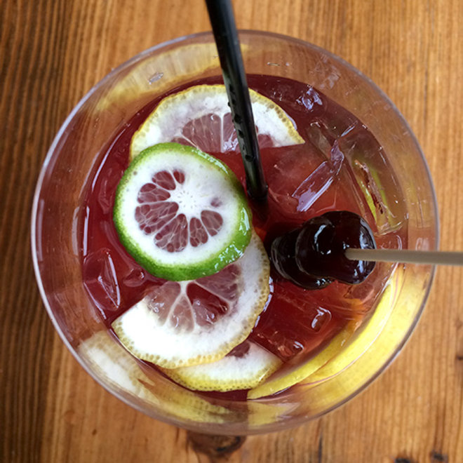 Food & Wine: Lincoln Restaurant Sangria