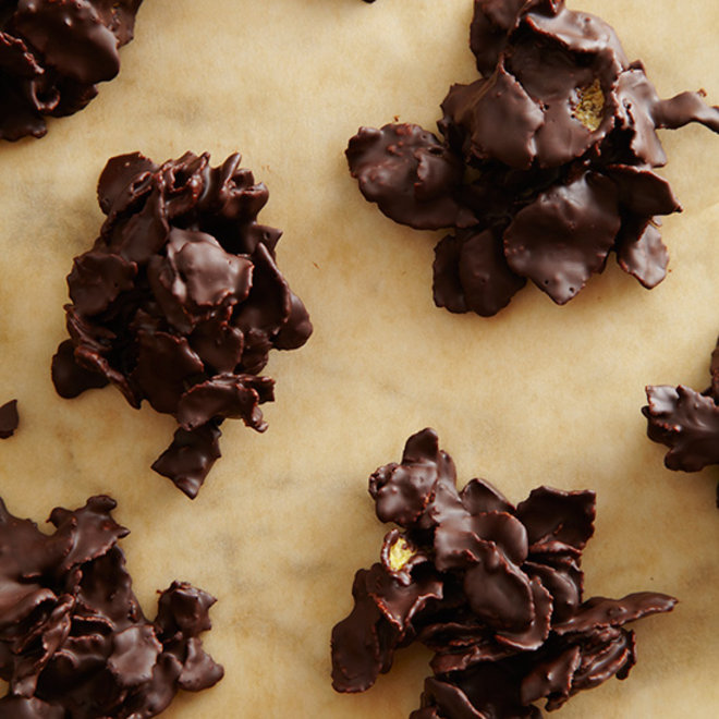 DIY Halloween Candy: Chocolate-Covered Corn Flakes