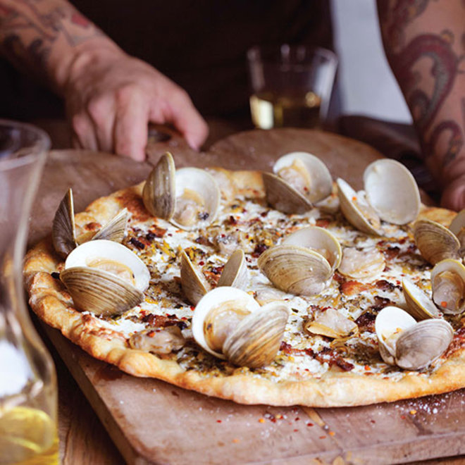 Food & Wine: New Haven with Clams