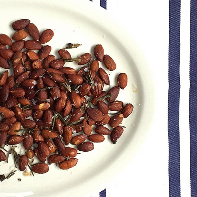 Food & Wine: Spiced Almonds, Bee Pollen Crumble and DIY Pizza Bagels