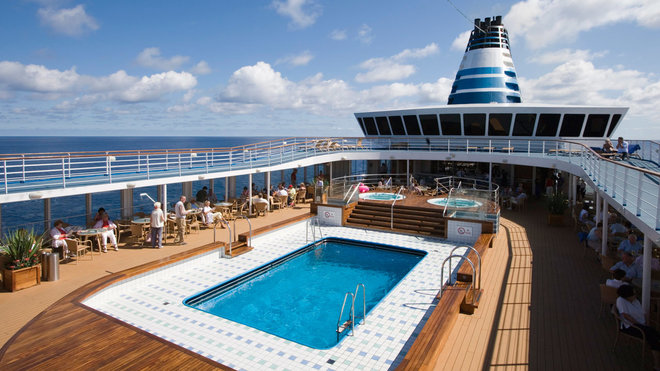 Food & Wine: Things to Never Do on a Cruise