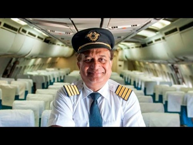 This Indian Man Is Giving Kids $1 Pretend Airplane Rides on a Defunct Airbus