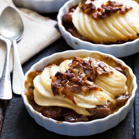 Thanksgiving Desserts: Pecan Pie, Pumpkin Pie & More