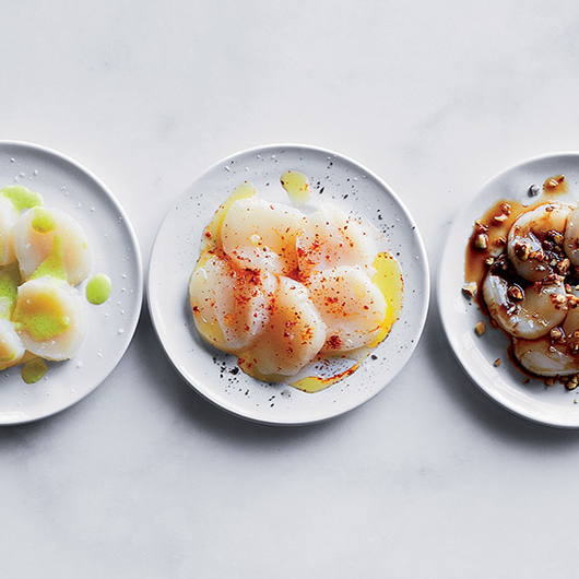 Food & Wine: A Scallop Crudo Lesson from Eric Ripert