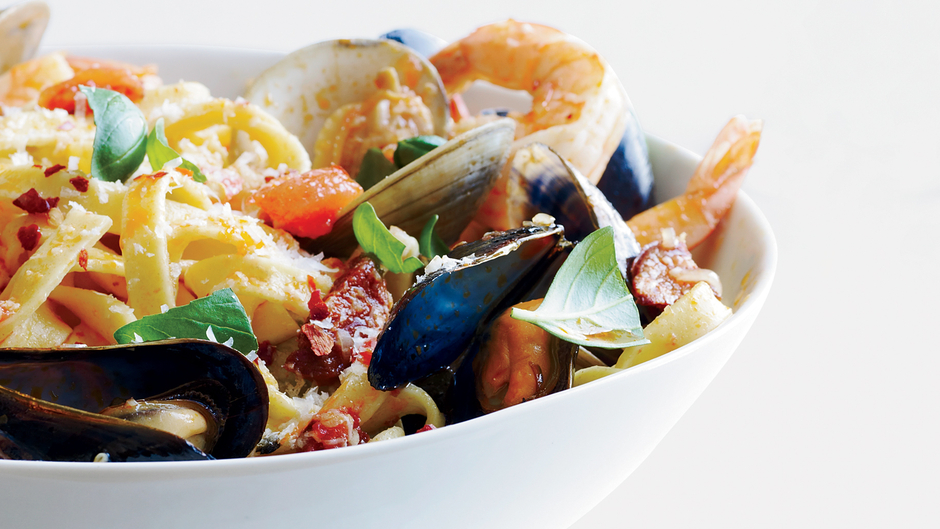 Fettuccine with Spicy Shellfish