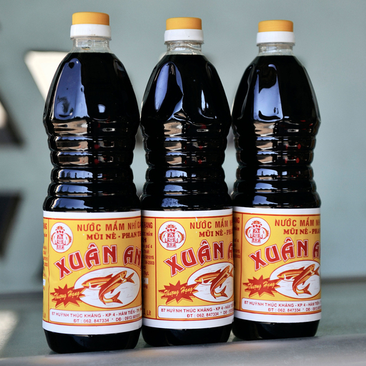 Fish sauce is a healthier way to get your salt fix says for Low sodium fish sauce