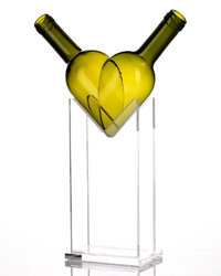 "Food & Wine: ""Heart"" vase by Antonio Cos."