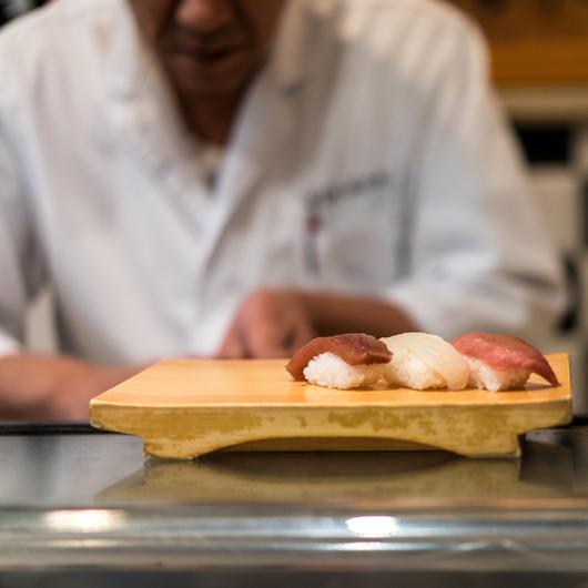 L a s celebrated sugarfish is coming to nyc food wine for Where to buy sushi grade fish nyc