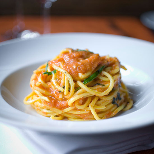 Food & Wine: Scott Conant's Spaghetti