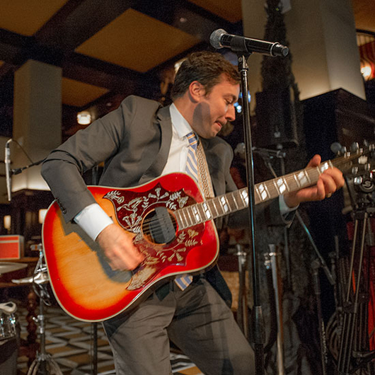 Food & Wine: Jimmy Fallon has got Jeff Tweedy's guitar and Jamie Oliver on drums.