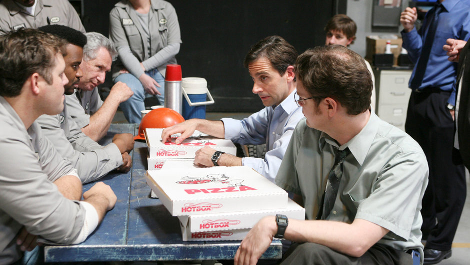 Science Says You Should Be Eating More Pizza at Work