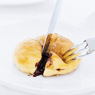 Food & Wine: Moshier's Chocolate-Filled Bomboloncini