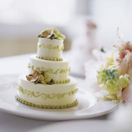 Food & Wine: Chocolate-Hazelnut Wedding Cake