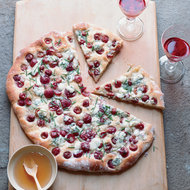 Food & Wine: Rosemary Flatbread with Blue Cheese, Grapes and Honey