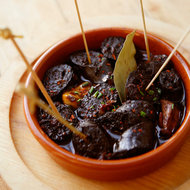 Food & Wine: Chorizo Poached in Red Wine