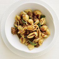 Food & Wine: Favorite Fast Recipes
