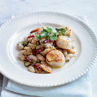 Food & Wine: Seared Scallops with Cranberry Beans, Clams & Chorizo