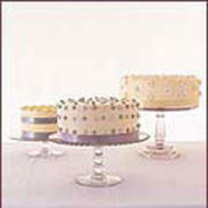 Food & Wine: Wedding Cakes with Dots and Daisies