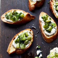 Food & Wine: Bruschetta and Crostini