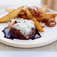 Food & Wine: Peppercorn Beef with Gorgonzola Cheese