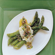 Food & Wine: Grilled Asparagus with Mozzarella