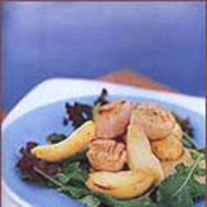Food & Wine: Seared Scallop Salad with Apple Wedges