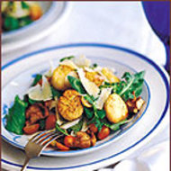 Food & Wine: Fennel, Mushroom and Arugula Salad with Seared Scallops