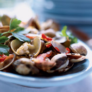 Food & Wine: Spicy Clams with Tomatoes