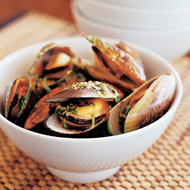 Food & Wine: Spicy Mussels with Ginger and Lemongrass