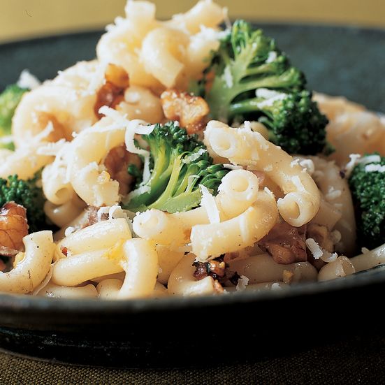 Mediterranean Pasta with Broccoli
