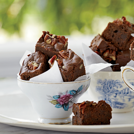 Bacon-Bourbon Brownies with Pecans. Photo © Fredrika Stjärne