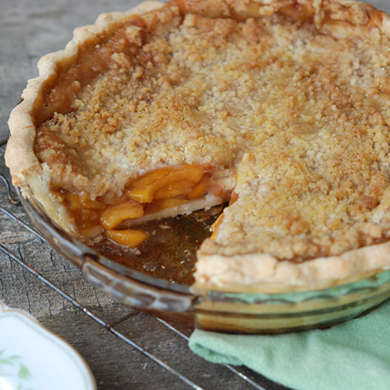 Deep-Dish Peach Streusel Pie with Ginger