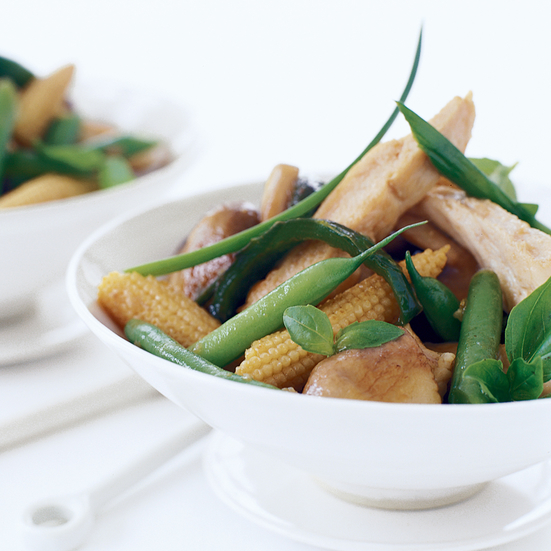 Thai Chicken with Mushrooms, Green Beans and Basil