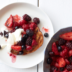 Food & Wine: Fire-Roasted Berry Crostini with Honey Crème Fraîche