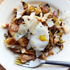 Food & Wine: Chicken Hash with Eggs