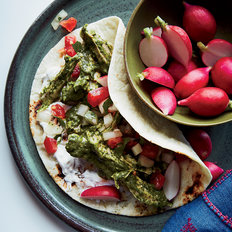 Food & Wine: Chicken-Tomatillo Fajitas