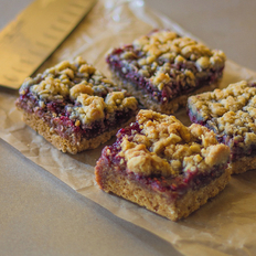 Food & Wine: Raspberry Streusel Bars