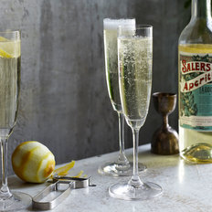 Food & Wine: Golden Spritz