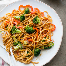 Food & Wine: Vegetable Chow Mein