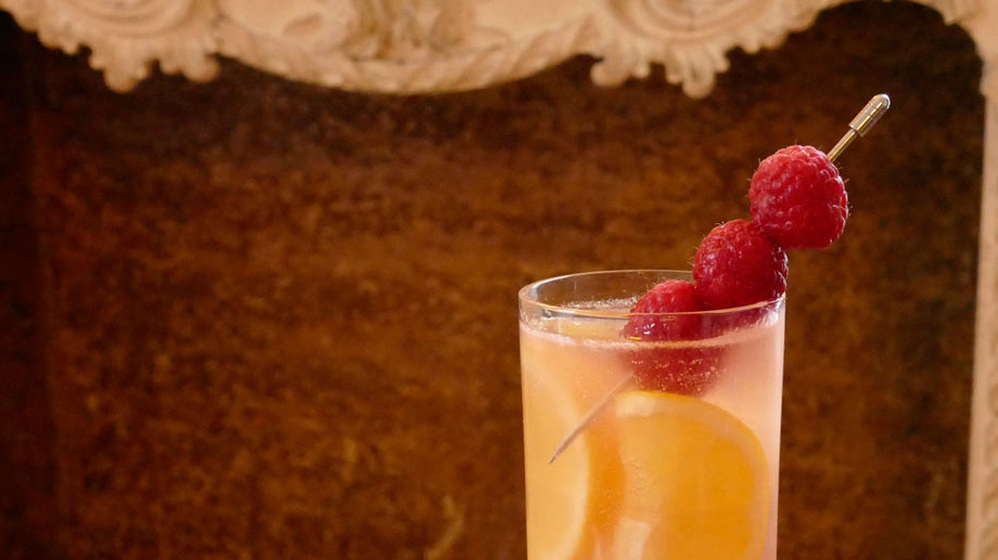Food & Wine: 3 Delightfully Raspberry-ish Chambord Drinks for Spring