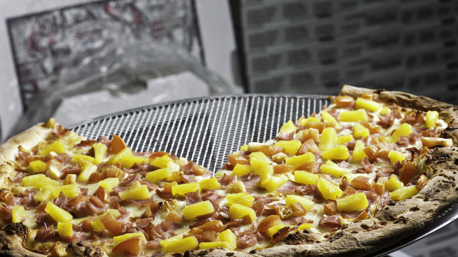 Food & Wine: Is Pineapple Acceptable on Pizza? Celebrities Speak Out on the Fruity Topping