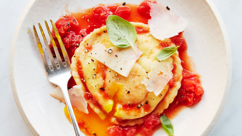 Food & Wine: How to Make Raviolo